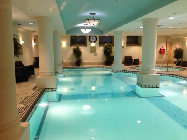 fairmont-calgary-pool